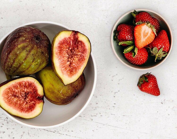 Erdbeeren und Feigen