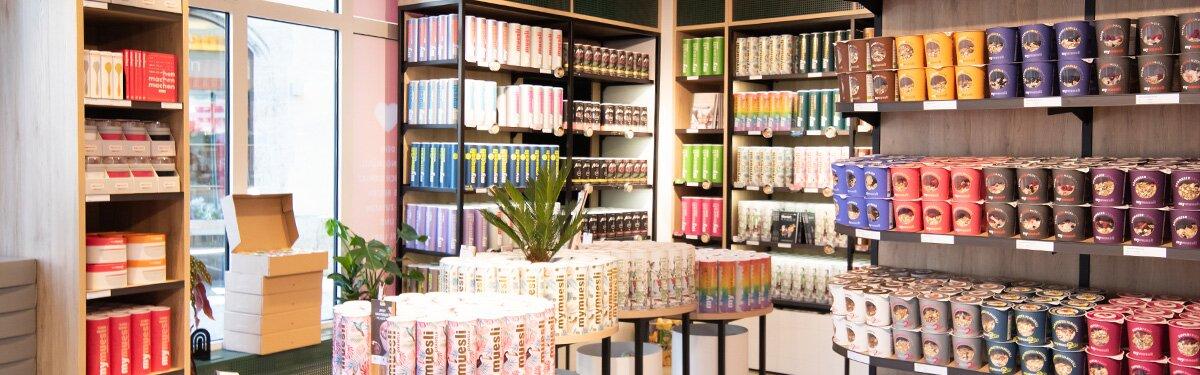 In unseren mymuesli Läden unterstützen Dich Müsli-Berater bei der Suche nach Deinem persönlichen Lieblingsmüsli.