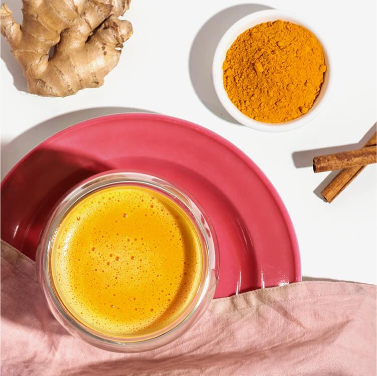 Die Goldene Milch mit Mandel Nilk