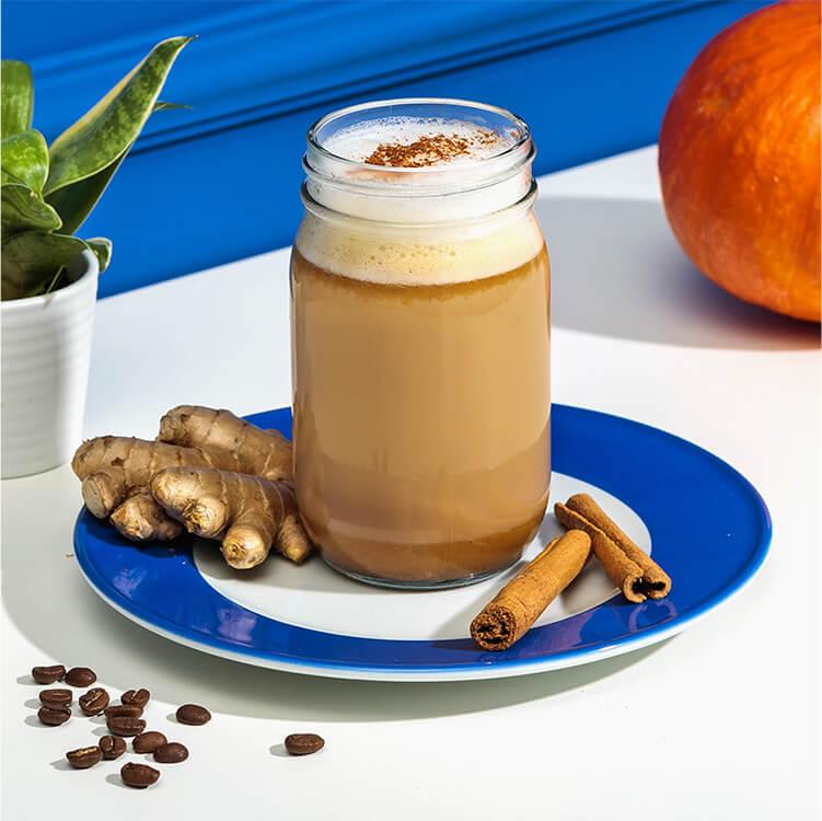 Pumpkin Spice Latte mit süßer Hafer Nilk