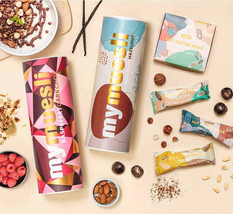 Veganes Paket mit Schoko Mueslis und Nut Butter Balls
