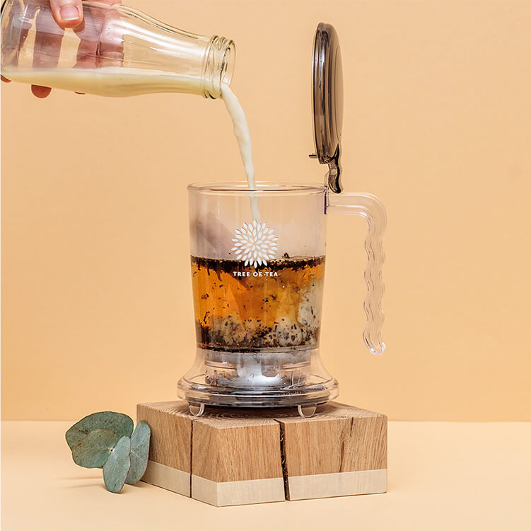Die Zubereitung erfolgt einfach und schnell im Tea Maker.