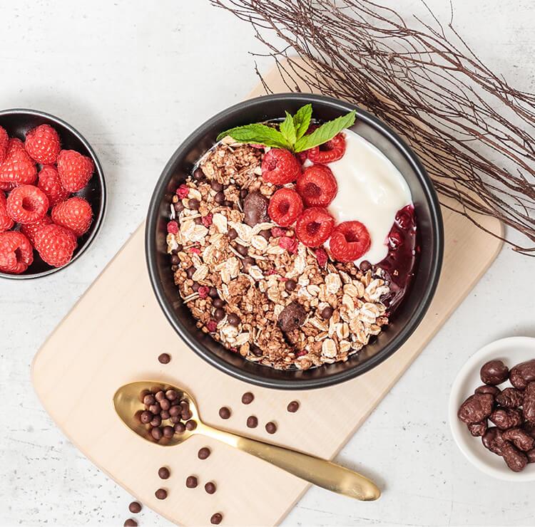 Raspberry Dark Choc Muesli Fruehstueck