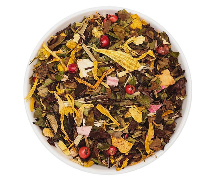 Weißer Tee mit Birne und Basilikum