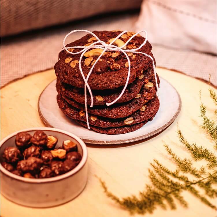 image1-vegan-christmas-choc-cookies.jpg