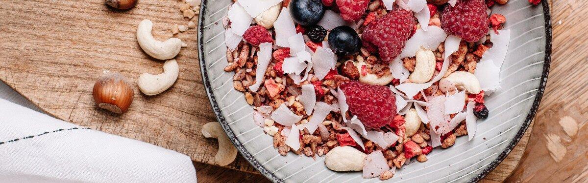Paleo-Müsli zum Frühstück oder als Snack zwischendurch