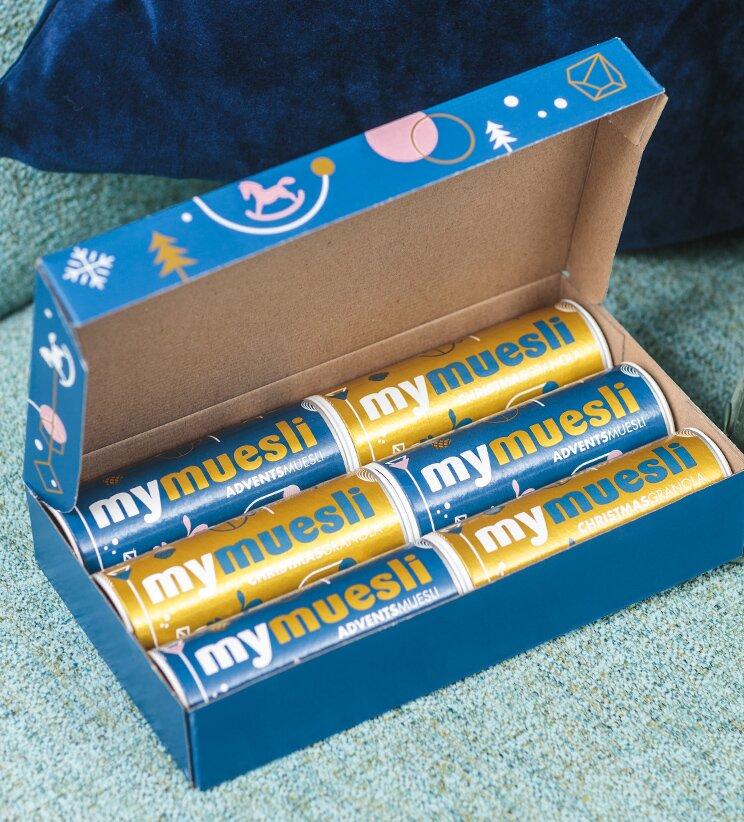 6 Minidosen in unserem weihnachtlichen Karton