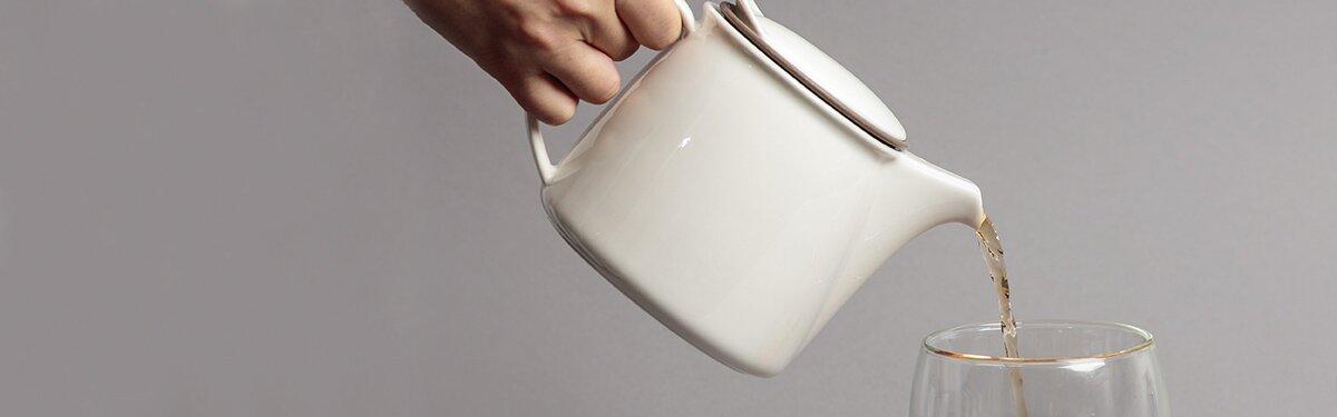 Praktische Teekanne für deinen Bio-Blatt Tee.