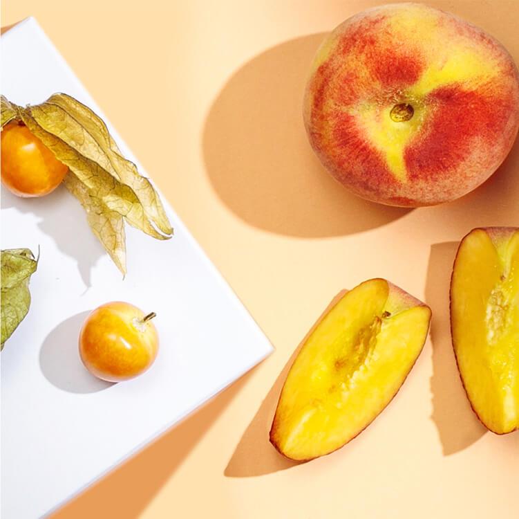 Peachy2go verfeinert mit Physalis, Pfirsich und Zitronengras