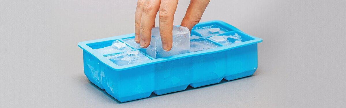 Eiswürfelform mit Deckel für extra große Eiswürfel