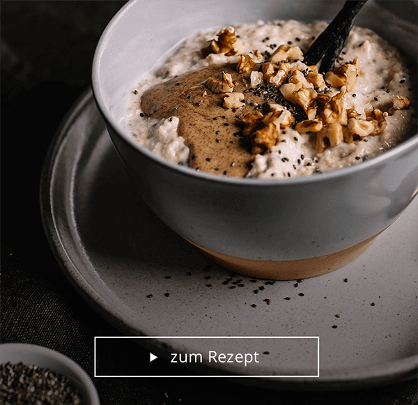Porridge mit Chia-Samen und Walnüssen