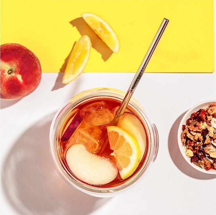 Jetzt den Pfirsicheistee aus unserem Peachy June probieren!
