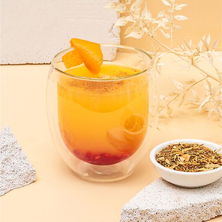 Fruchtiger Punsch mit Roi Lemon Rooibostee