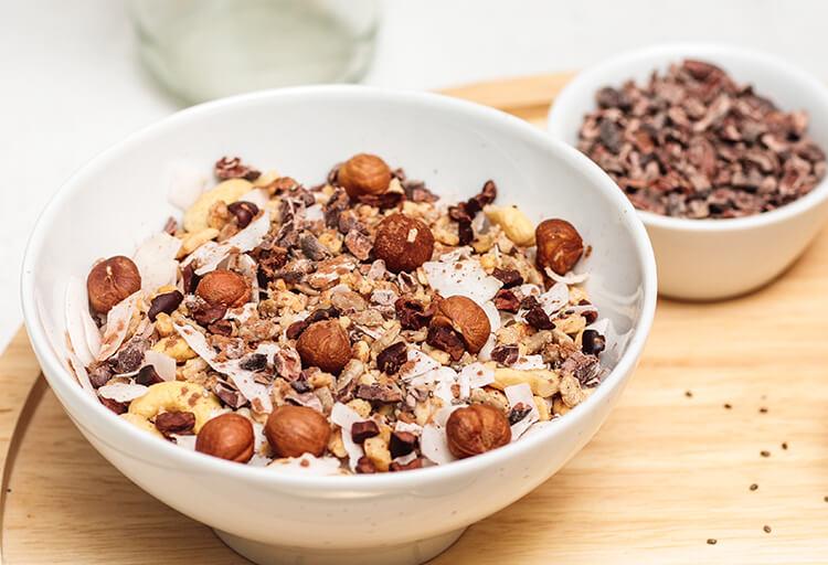 Paleo Raw Cacao Muesli in der Schale
