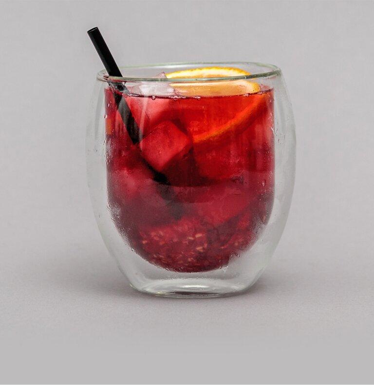 Raspberry Ruby mit Wodka und Früchtetee