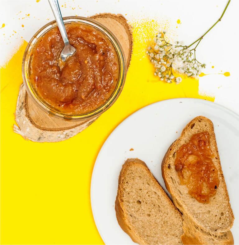 Vanille-Pfirsich Marmelade mit Peachy June Früchtetee