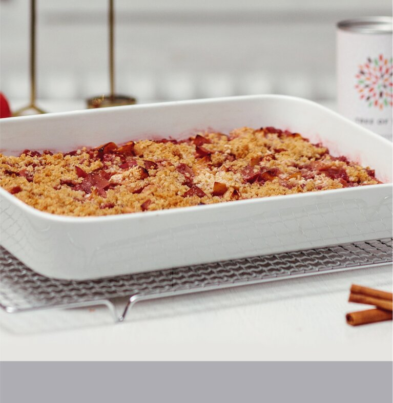 Veganer Apple Crumble mit Red Ruby Früchtetee