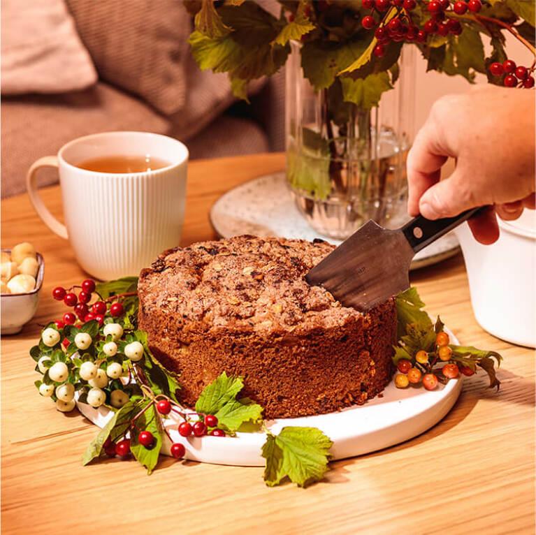 image1-apple-cinnamon-cake(1).jpg