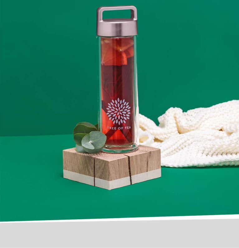Die schicke 2go Bottle mit praktischem Henkel