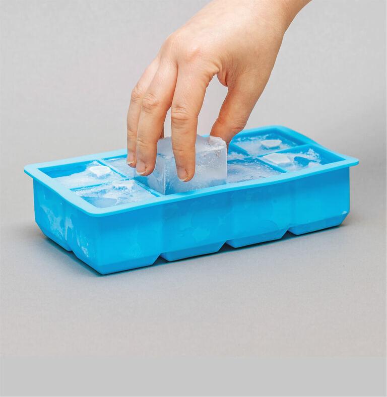 Erfrischung pur mit den XXL Eiswürfeln