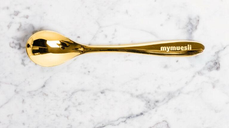 Müsli-Löffel aus Gold