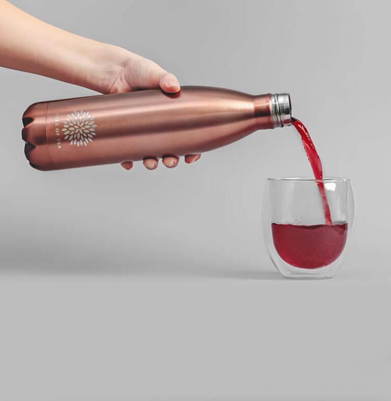 Thermosflasche für deinen Bio-Blatt-Tee.