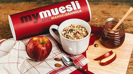 Mit dem Apfel-Mandel-Granola lässt sich sogar Mandelkuchen backen