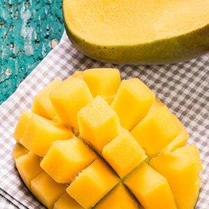 Frische Mango verleiht dem Rezept einen fruchtigen Touch