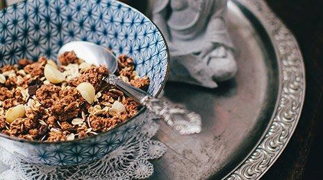 Kakaosplitter Nuss-Müsli für die Riegel