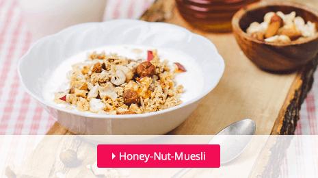 Heerlijk krokante muesli met honing en noten